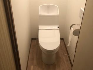 北区N様邸トイレ便器交換 クロス貼替 工事