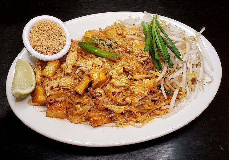 R5. Pad Thai Chicken.jpg