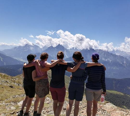 Frauen am Berg