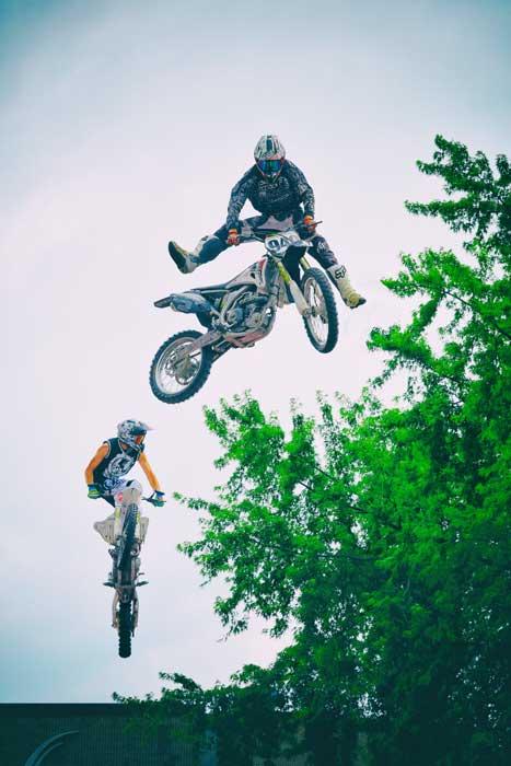 Jump in Tandem