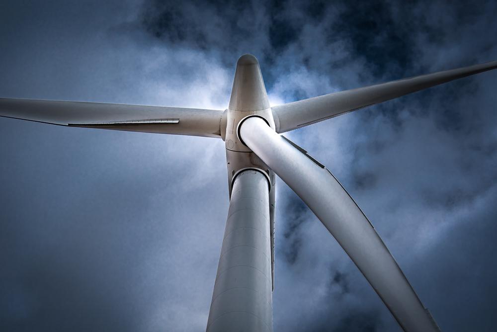Wind Turbine Rotate
