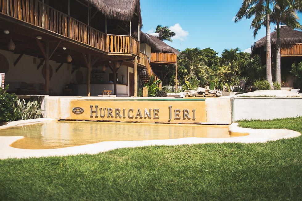Hurricane 01  - Piscina.JPG