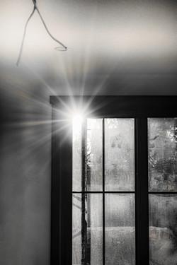 Black and White Sunburst