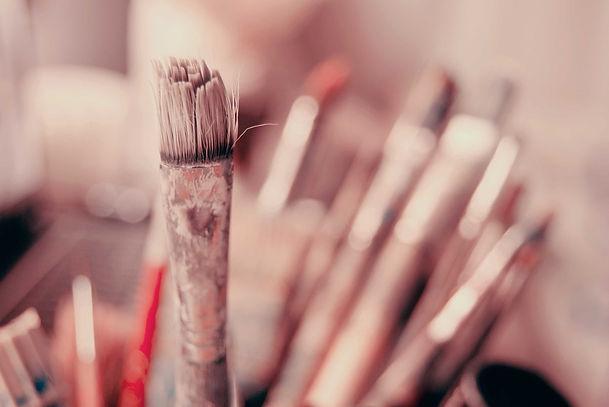 brush-3184356_1280.jpg