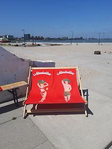 stoelen bij lolaland.jpg