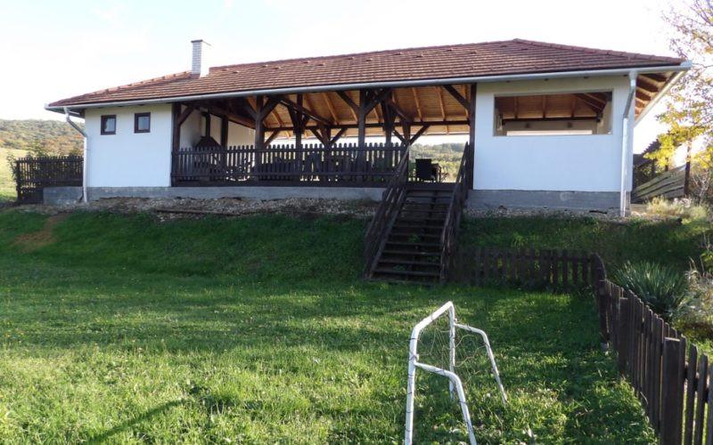 paviljoen-vanaf-voetbalveldje-800x500 (1