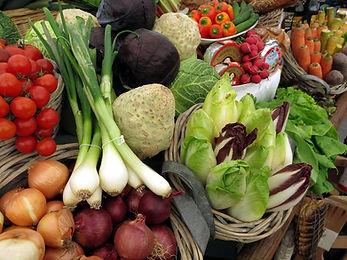 vegetables_tomatoes_leek_salad.jpg