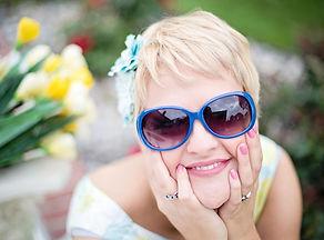 sunglasses_summer_pretty_young.jpg
