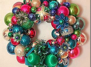 Holidays_12 wreath.jpg