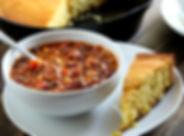 cornbread, chili, plate