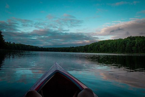 kayak_sitting_in_evening.jpg