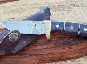 Buck Knife-B.jpg