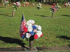 cemetery_remembrance_memorial_grave.jpg