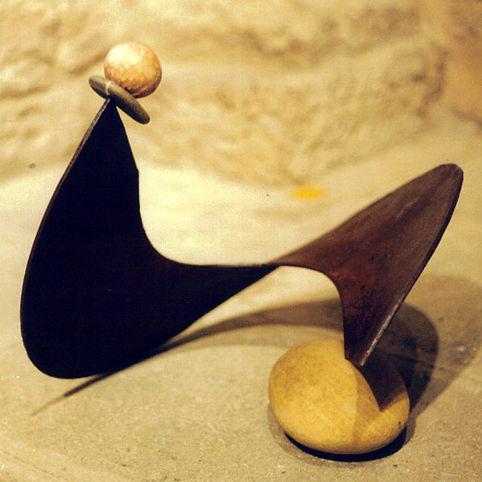 Sculpture métal bois et galet Claudine Borsotti Luberon