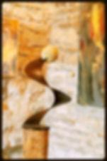 Claudine Borsotti sculpteure Luberon Gargas, vis sans fin, boule pierre. Exposition Gordes.