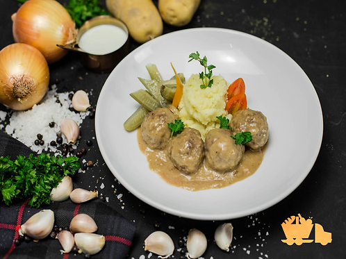 Koetbuller - Swedish Meatballs with Mashed Potatoes