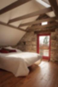 Monalea upstairs-front-bedroom.jpg
