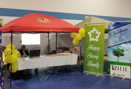 OCT 28, 2018: HAPPY STRONG FAMILY DISPLAY BOOTH AT AMBASSADOR OF FAITH