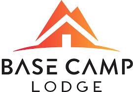 logobasecamplodge.png