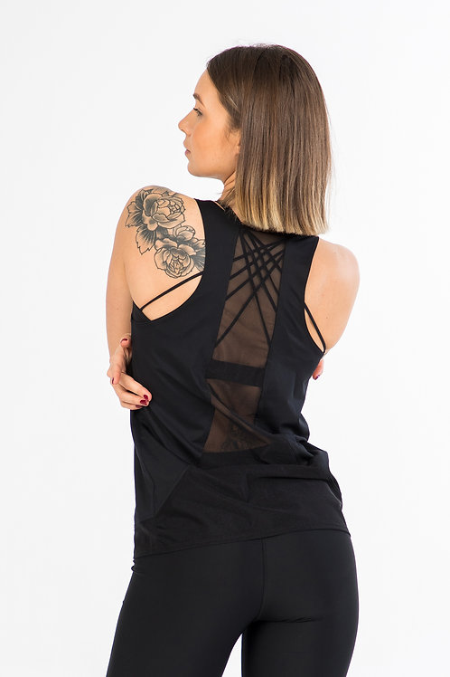 Classic cut workout tank top with mesh details / Black