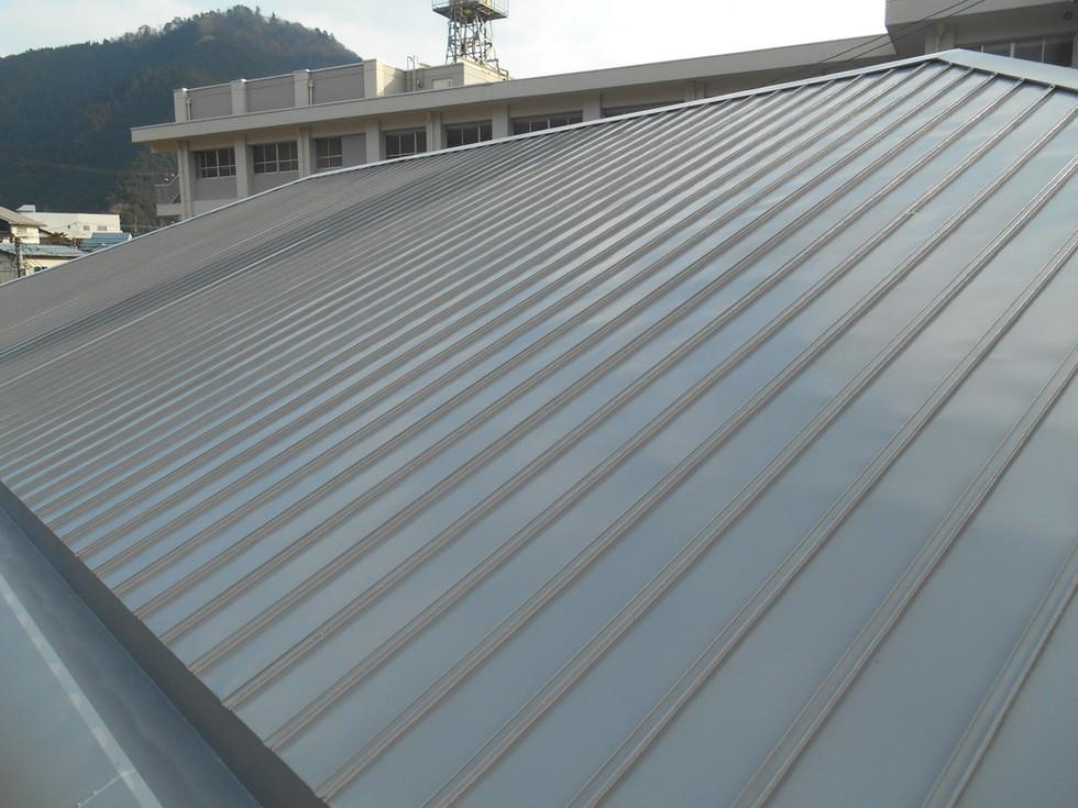 広島県立加計高等学校屋根塗装改修工事