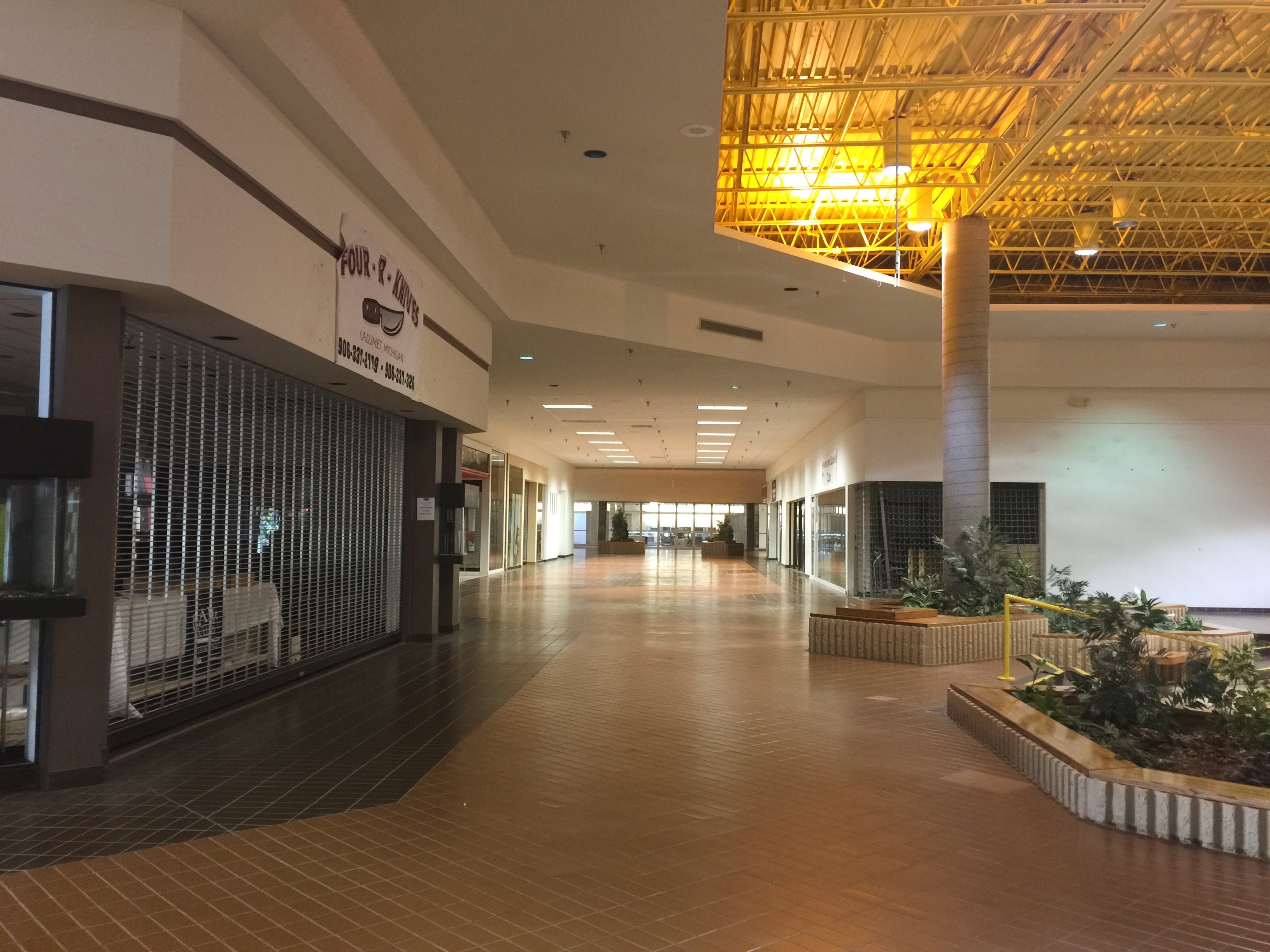 Copper Country Mall