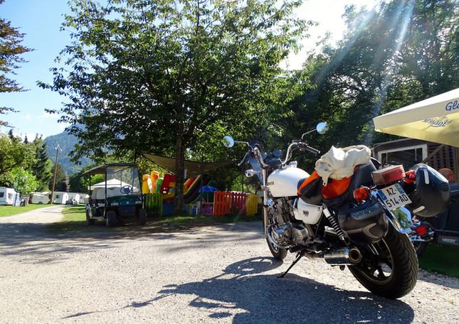 motards au camping