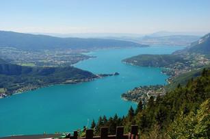 Lake Annecy von La Forclaz aus gesehen