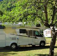 Stellplätze für Wohnwagen oder Campingautos