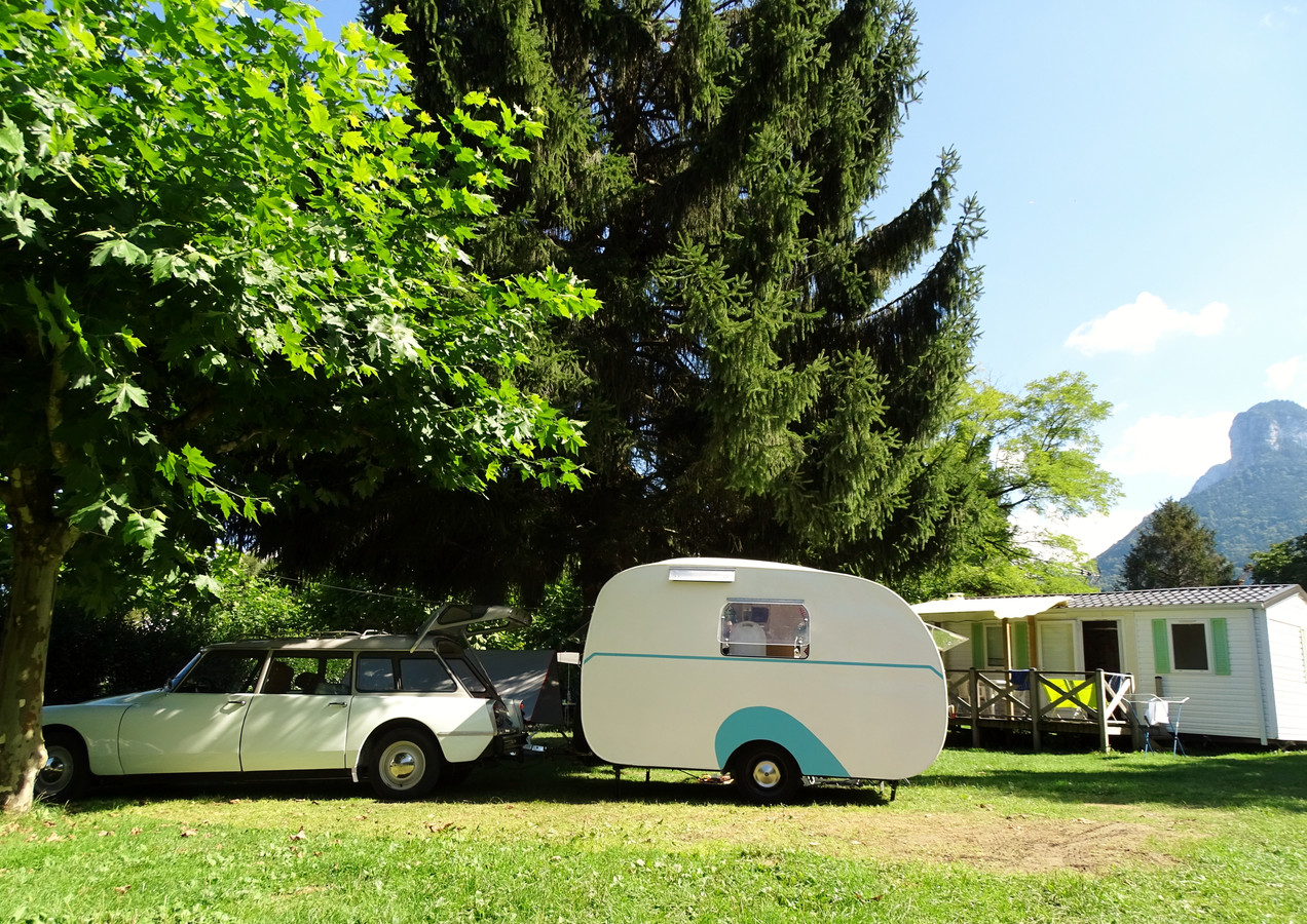 caravan and retro car