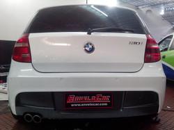 BMW 130i ENVELOPAMENTO BRANCO