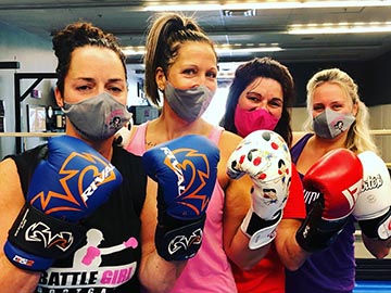 Keswick-fitness-4-girls-with-covid-masks
