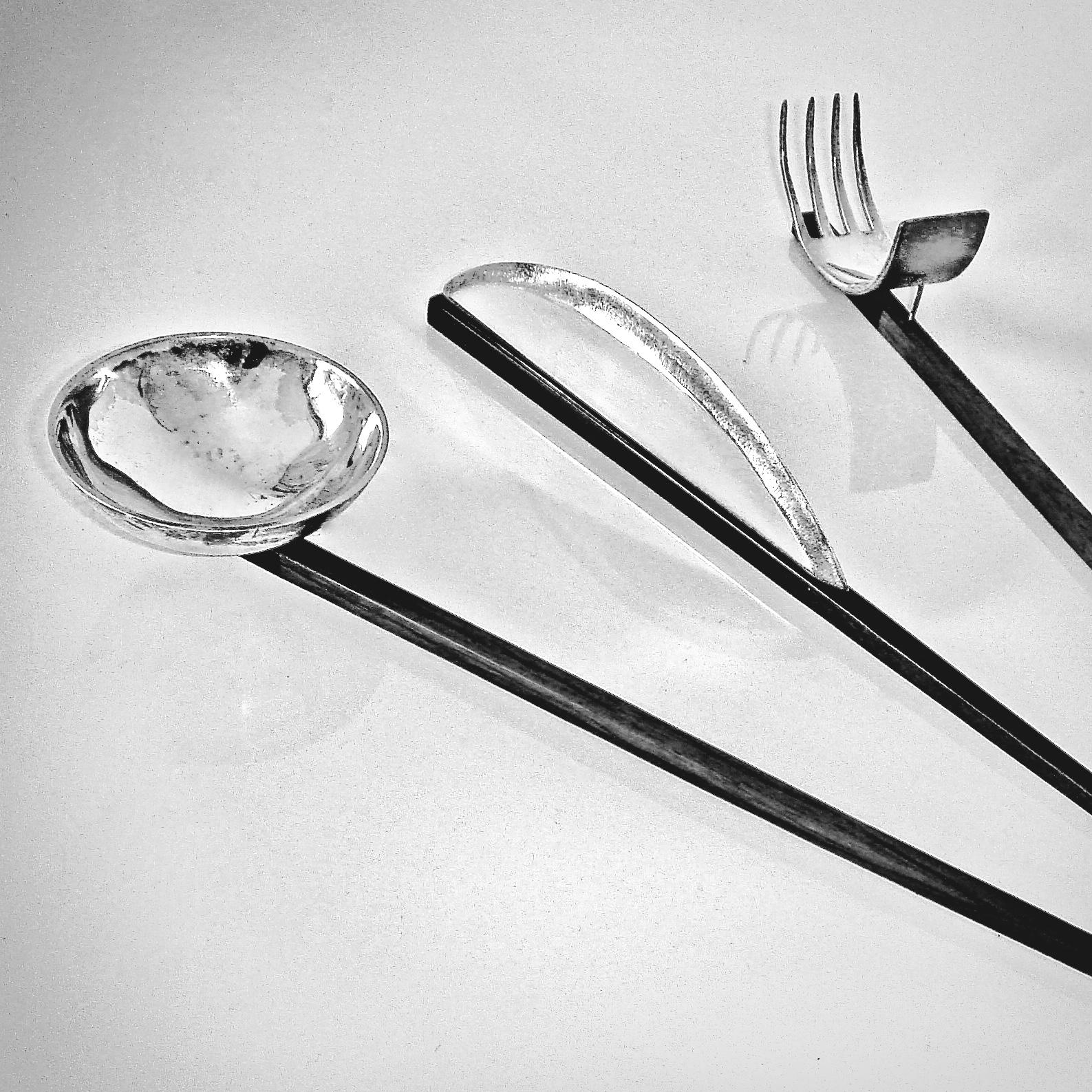 JAPAN (knife, fork, spoon)