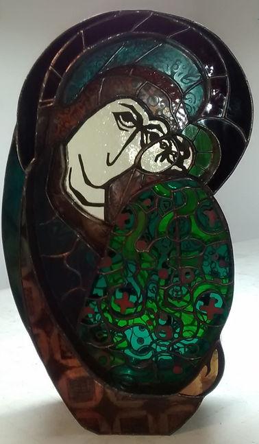 Sculpture-vitrail-madone-terre-de-vitrail