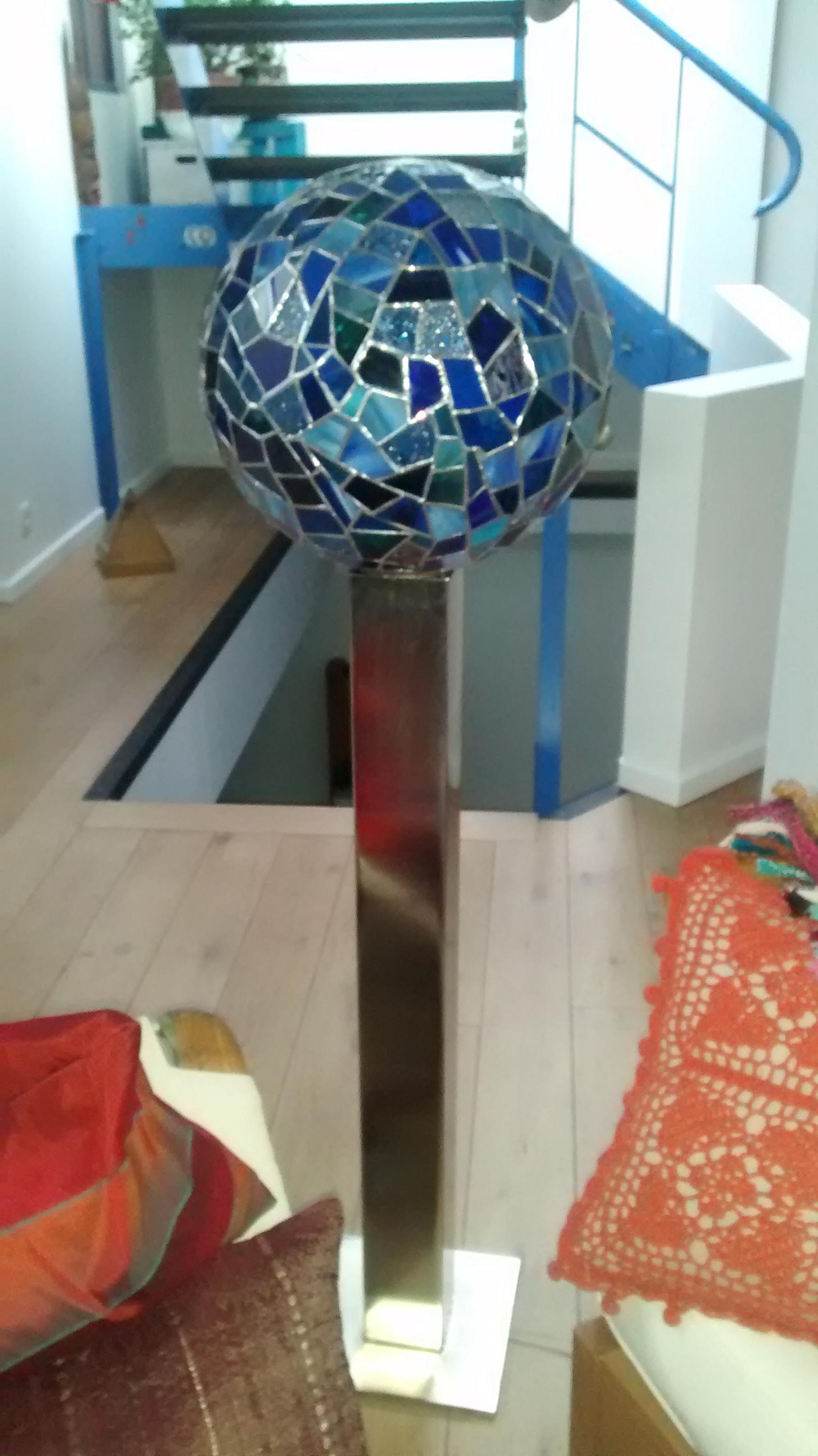 Lampadaire vitrail Planète bleue
