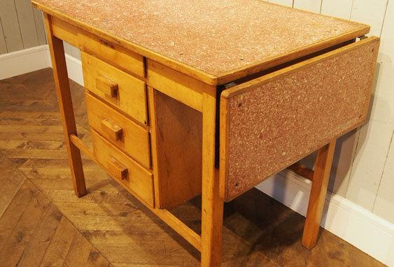 Dutch folding table
