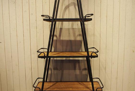 Three-stage shelf boards