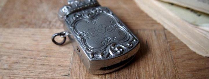 Crown vesta(Match case)