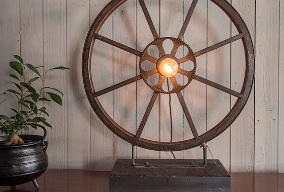 Wheel Table Lamp