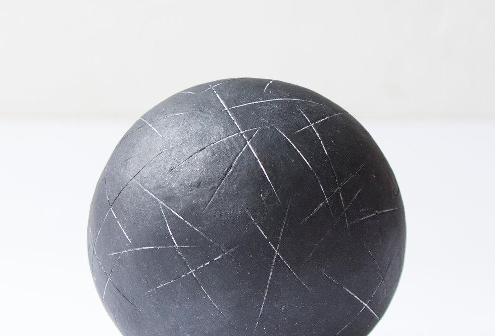 島田篤  ボール球 黒| Ball Black