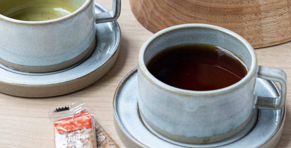 【AYU LARASATI】Cup and saucer