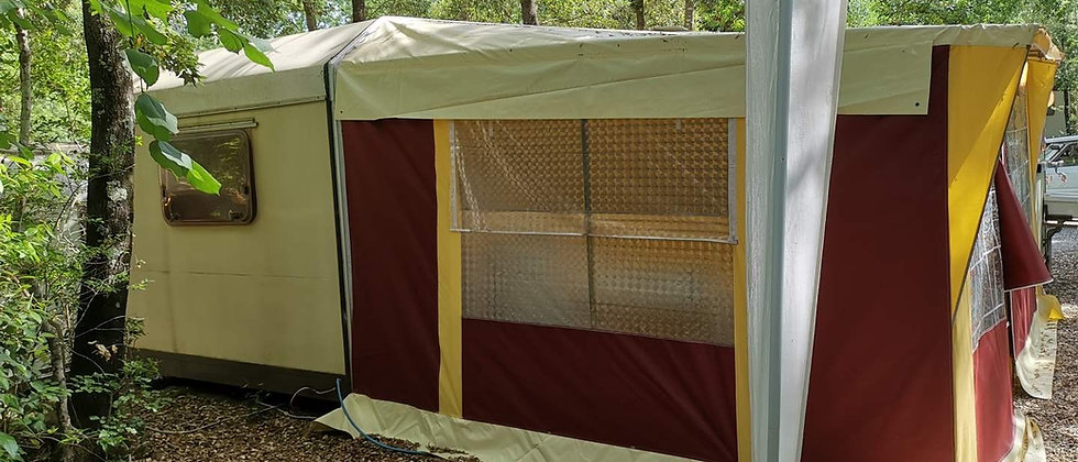 OFFERTA Stock 8 Caravan SHELBOX - Riservato a Camping