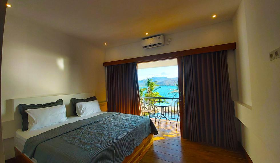 Marina Del Ray Resort room.jpg