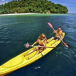 Canoe Gili Gede island Lombok.jpg