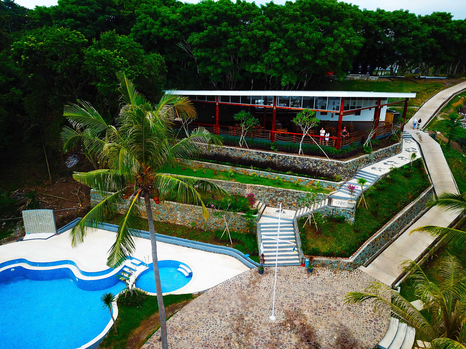 Lombok Marina Del Ray Pool side Bar smal