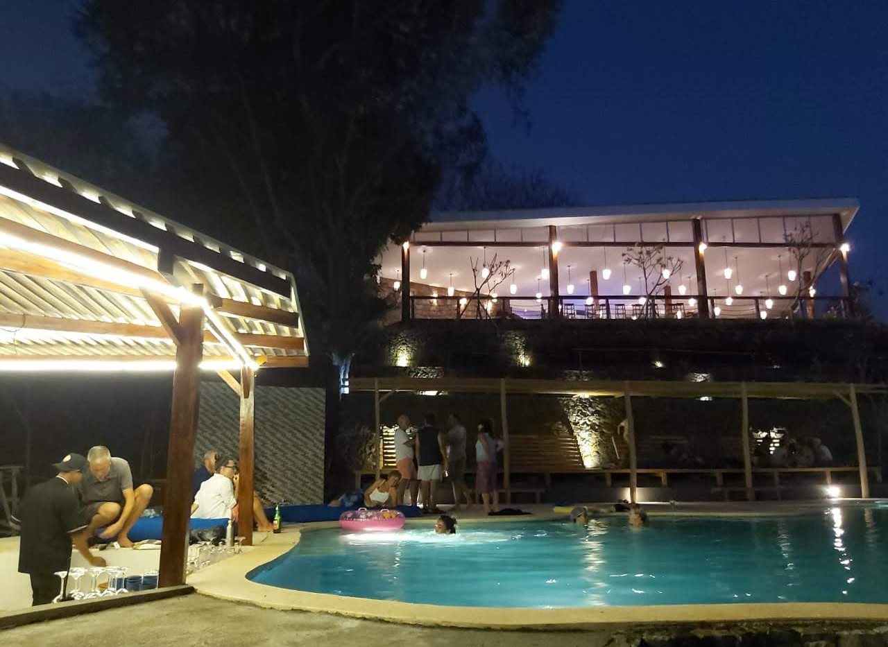 Beach Side Pool Bar Yacht Squadron Marin