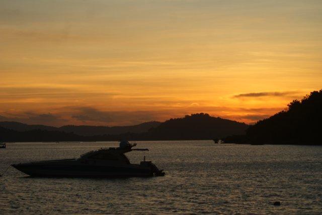 Gili Gede Bay Sunset