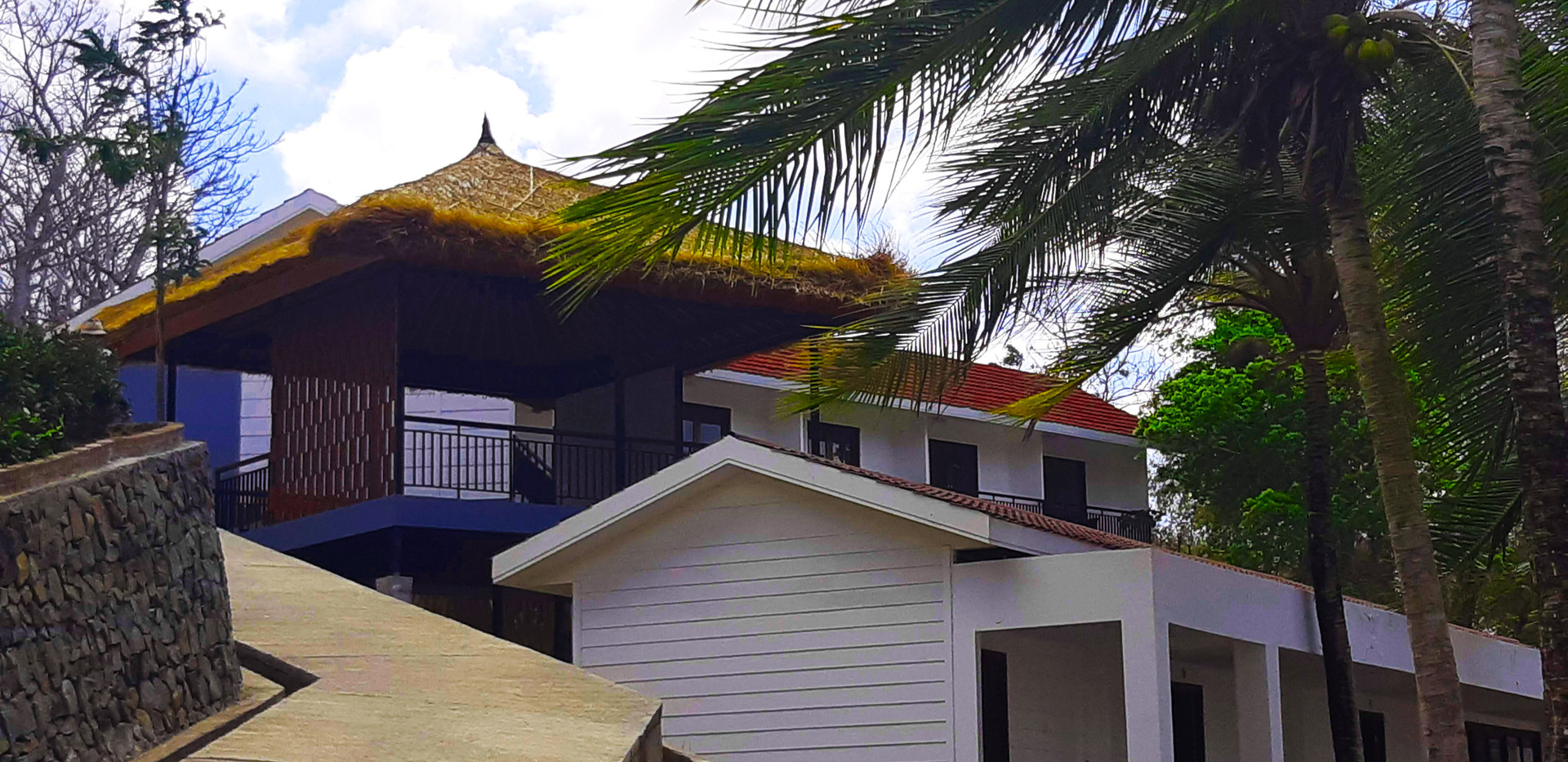 Marina Del Ray Hotel Port Gili Gede.jpg