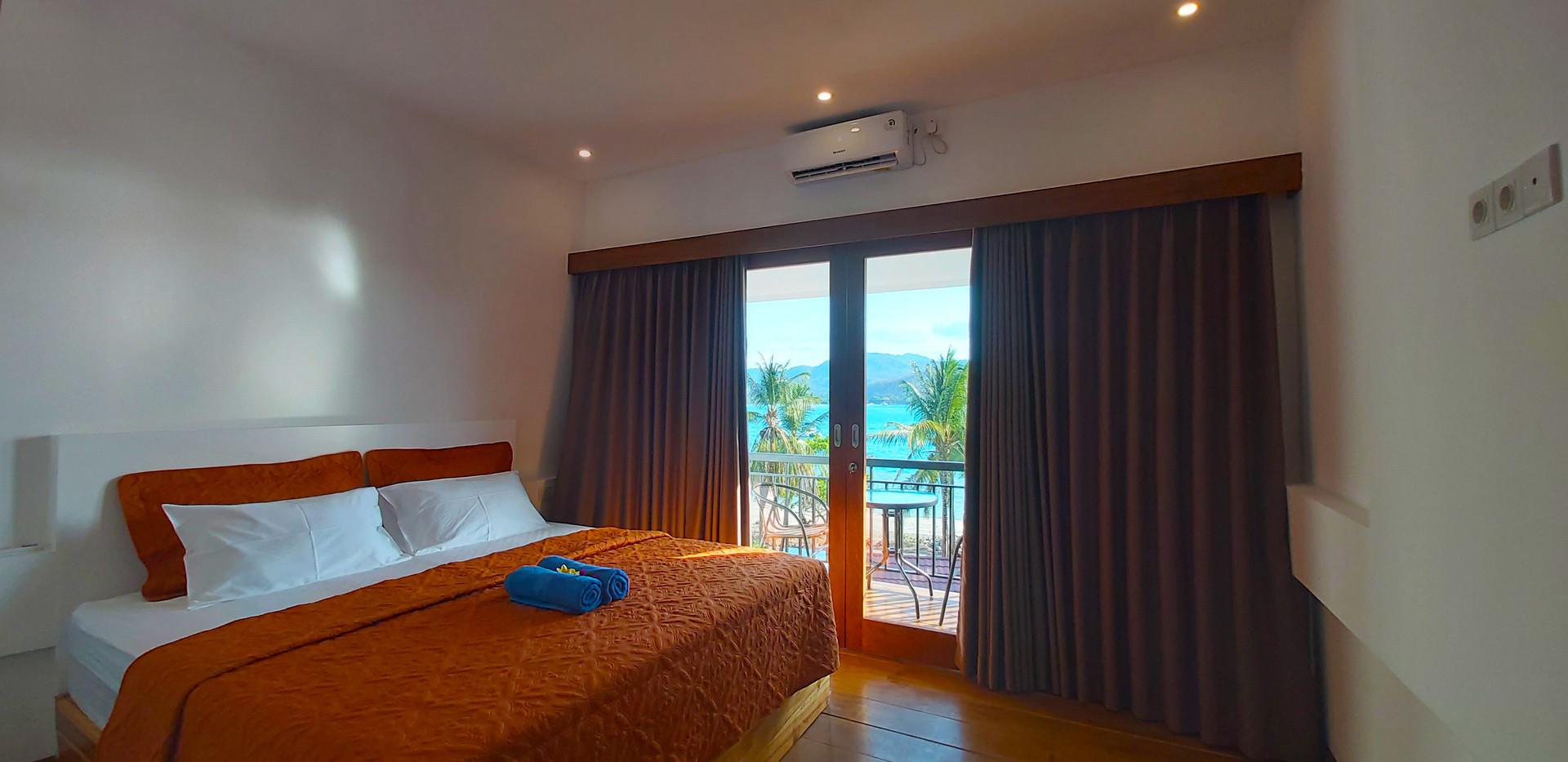 Marina Del Ray marina views hotel.jpg