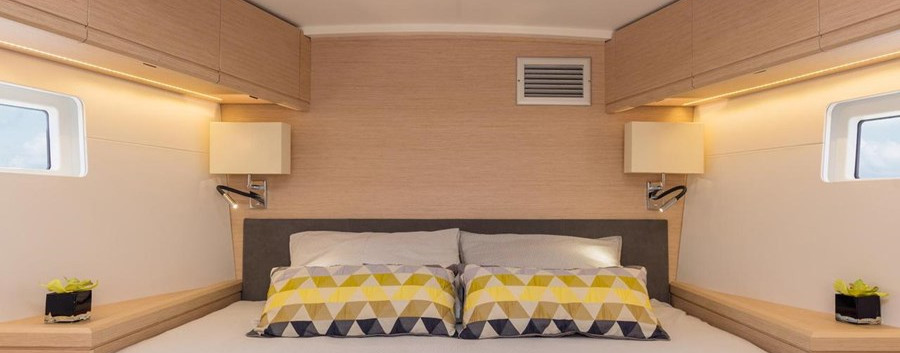 Jenneau 51 interior master cabin